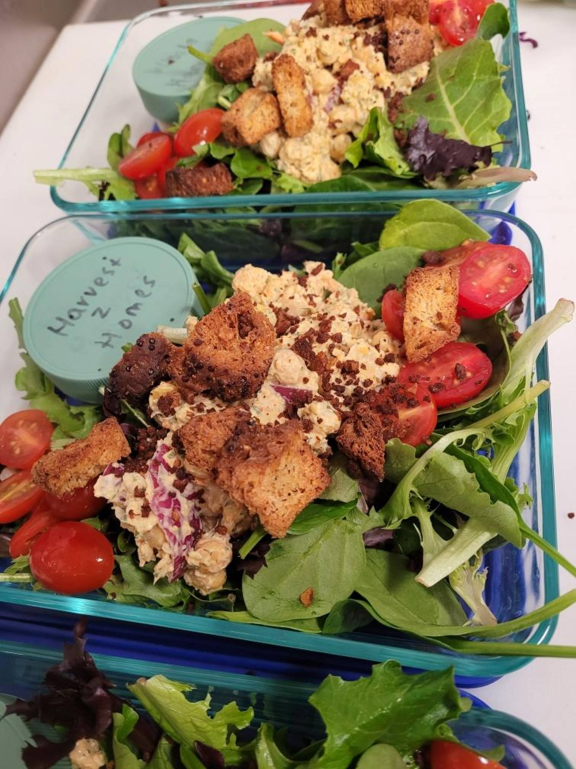 Mix green salad with chickpea salad